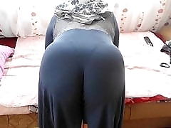ARAB HOME SEX - BIG BUTT ROUND ASS - CHUBBY PLUMPER MATURE BOOTY